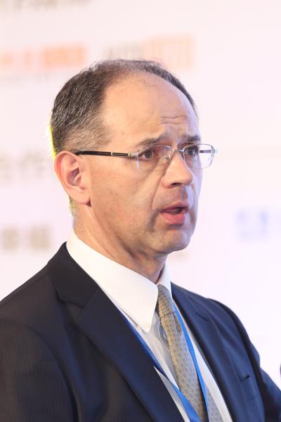 Dr. Stefan Greiner