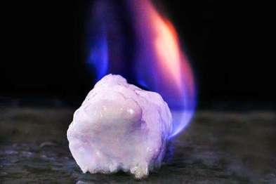 你把可燃冰当新动力的解药?殊不知它倒是活塞发起机的毒药!