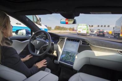 特斯拉计划再次上调其全自动驾驶软件包价格