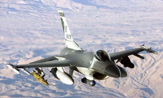 图注:F-16轻型战斗机