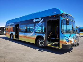 比亚迪向葡萄牙公交运营商交付纯电动大巴