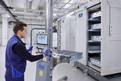 宝马集团全新电芯技术中心启用:2030年能量密度翻一番