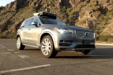 Uber自动驾驶亚利桑那州开测,州长是首名乘客