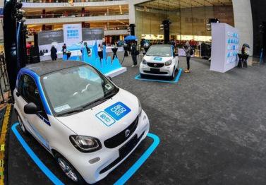 即行car2go引爆自由流动式汽车共享风潮:每1.7分钟就有一次租赁