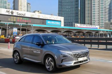 现代测试全球首款自动驾驶燃料电池车型