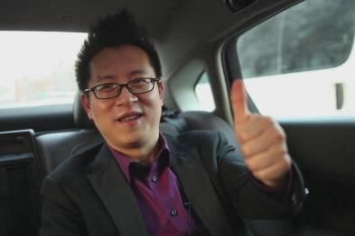 AUTODESK大中国区行业战略总监张俊体验东风雪铁龙C6