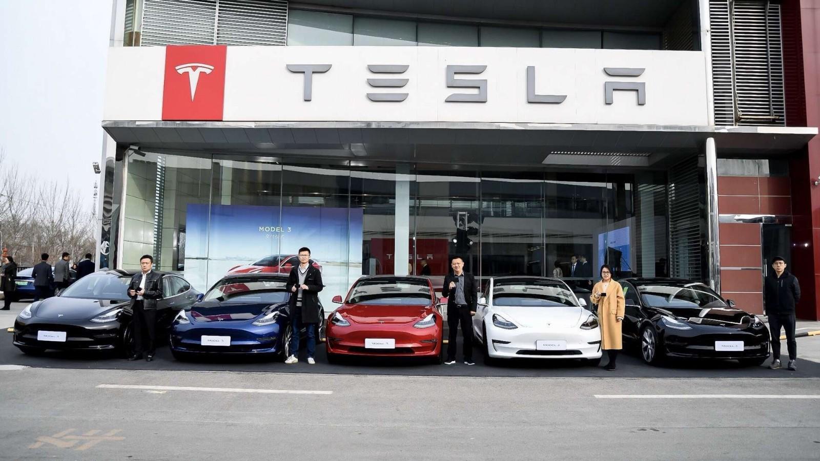 Model 3来了,紧张的不只造车新势力