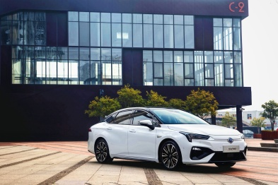 """Aion S:广汽新能源的""""爆款车""""模型"""