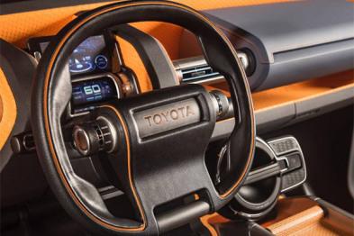 丰田将在2020年测试AI技术自动驾驶电动车