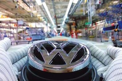大众拟100亿欧投电池业,转型电动车厂商