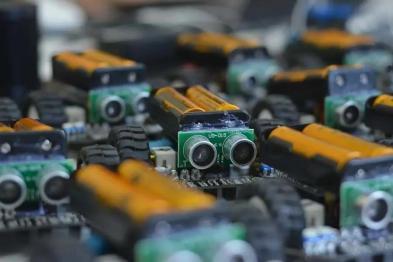 """固态电池样车下线,3 年内替代性应用,新能源车自燃""""救星""""找到了?"""