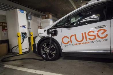 Cruise推迟部署RoboTaxi原因曝光:可量产和基础建设