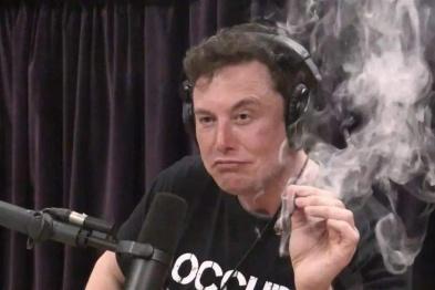 马斯克公开吸大麻导致美航天局展开安全审查
