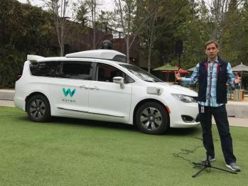 "Waymo PK Tesla:自动驾驶技术路径的""终极战争"""