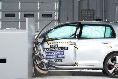 NHTSA提议修改车辆碰撞评级,增加碰撞避免和行人保护测试