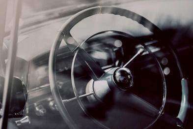 一位长期使用者眼中的特斯拉Autopilot | 夏珩专栏