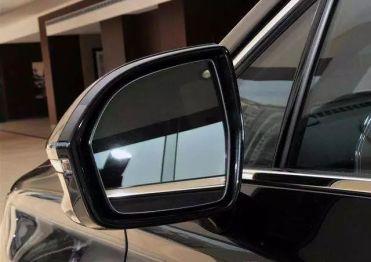 聪明的买车人丨聪明一点通 真是你的刚需配置吗 之防眩目后视镜