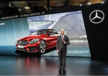 奔驰中国掌门人唐仕凯:戴姆?#25112;?#22312;中国推出纯电动汽车