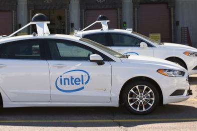 搭最强处理器 英特尔或年底推首批25辆自动驾驶车