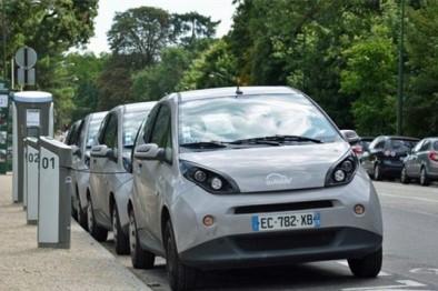 巴黎政府欲停止电动汽车共享服务