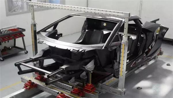 兰博基尼Urus ,碳纤维锻造复合材料技术,兰博基尼首款SUV ,兰博基尼首款SUV ,兰博基尼Urus,Urus