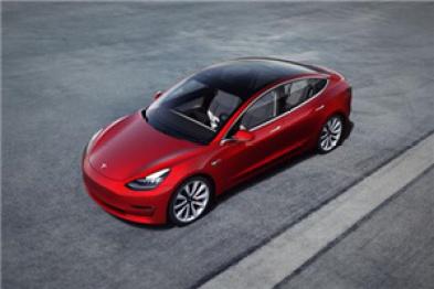 特斯拉推出Autopilot新功能:最先进辅助驾驶员技术