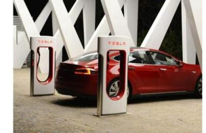 特斯拉终止免费充电,全球充电价格提高33%