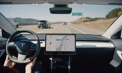 """特斯拉推出""""停车保镖""""功能,可监控汽车周边"""