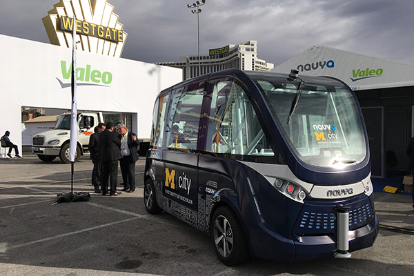 Navya的第二代旗舰车型Arma已经在密歇根大学的MCity开始运营