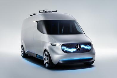 奔驰推概念小货车和车主健康项目| CES 2017