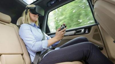 保时捷联手Holoride研发后座VR娱乐系统