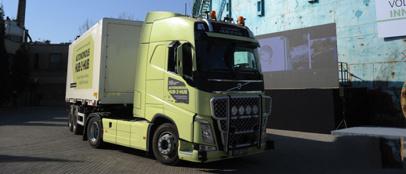 沃尔沃集团在北京首次向大众展示自动驾驶卡车