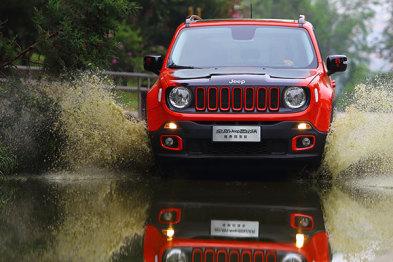 Jeep自由侠:你说我不够劲?那先证明你自己足够野!