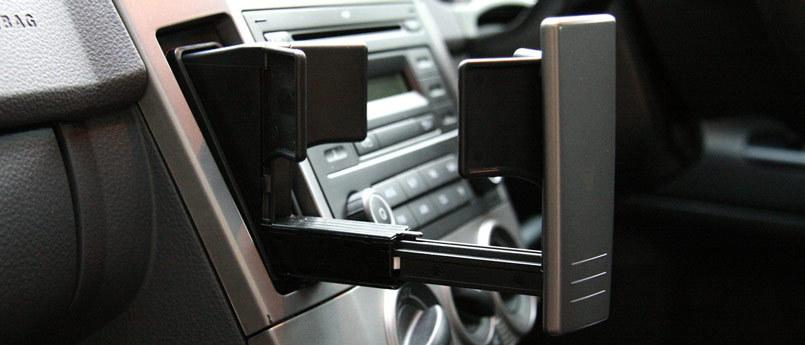 """疯狂的""""杯架"""",车内储物空间一定多多益善?"""