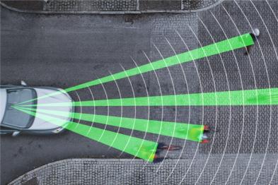 美国20家车企2022年起全部新车标配自动刹车系统