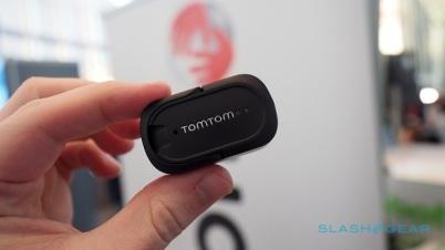TomTom Curfer可追踪行车数据和驾驶表现