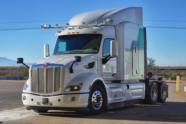 圖森與Peterbilt合作改裝的自動駕駛卡車