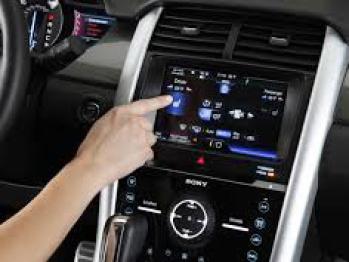 福特将简化MyFord Touch系统,并重新加入控制旋钮