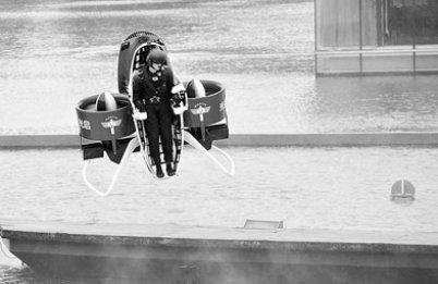 背包飞行器的最新测试视频