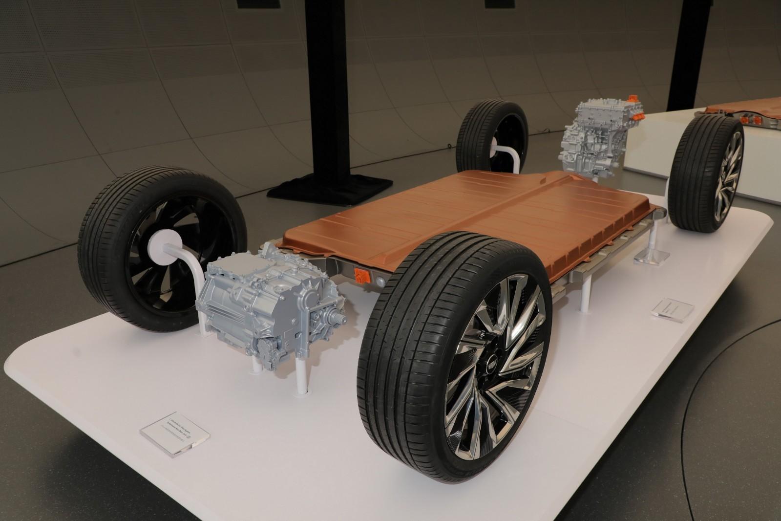 通用汽车科技展望日展示第三代全球电动车平台与Ultium电池系统