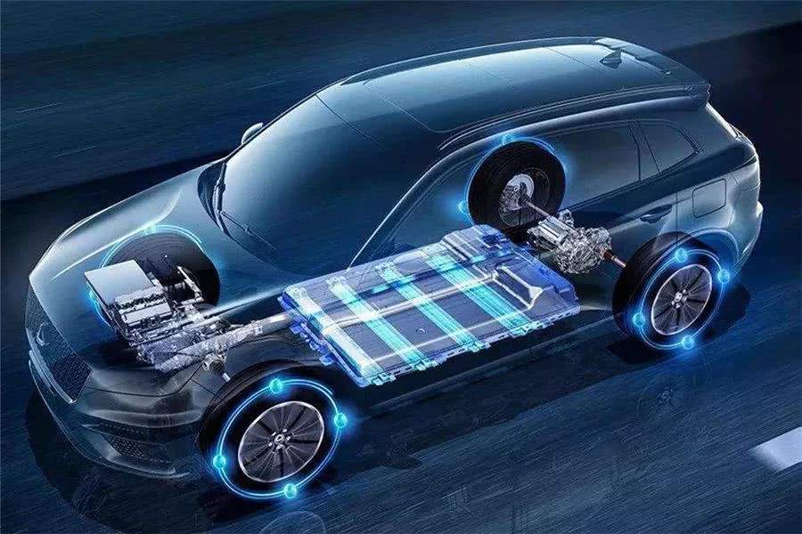动力电池装机量排名巨变 磷酸铁锂逆袭成功?