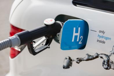 长城汽车总裁王凤英两会提案:关于加快我国氢能源基础设施建设、促进氢燃料电池汽车全面均衡发展的建议