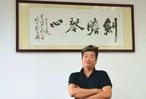 新翼卡车联网CEO 殷建红