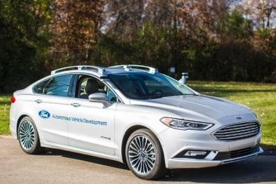 福特无人驾驶新专利:方向盘踏板可被隐藏