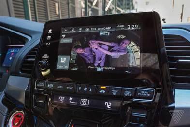 奥德赛也要科技范儿?车内还有自拍摄像头