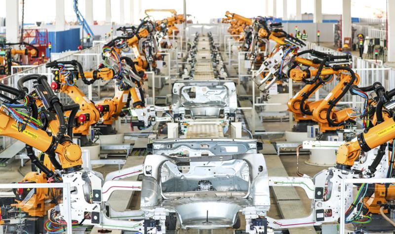 恒大汽车的自动化生产线
