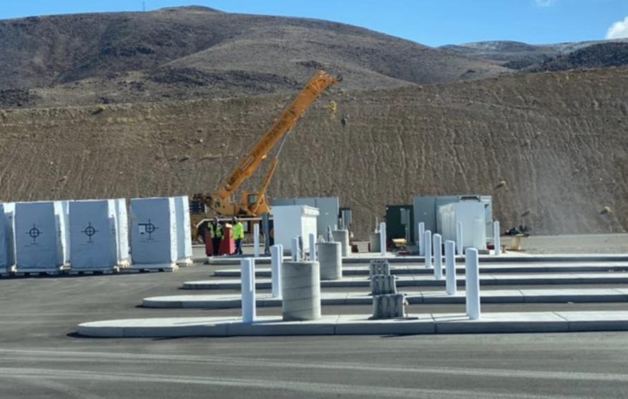 特斯拉建设首座Megacharger充电站 可为容量更大的Semi快速充电
