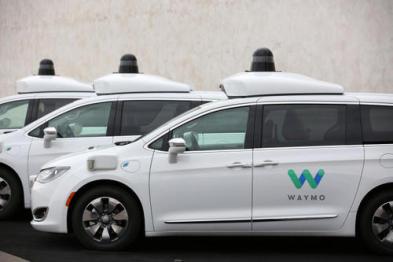 最支持Waymo的人辞职了,自动驾驶10年不赚钱将何去何从?
