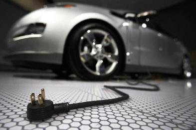充电何苦为难充电桩,不如试试智能插座