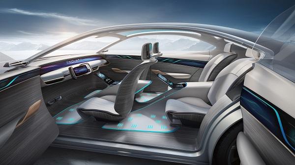 天際ME-S車內空間大量應用海藻絨、天然木質及Acella可透光材質等新材料技術